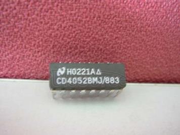 CD4052BMJ/883