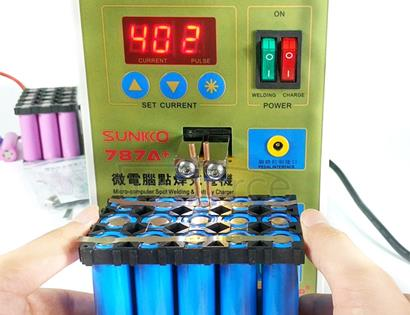SUKKO LED Pulse Battery Spot Welder + Spot Welding Machine Micro-computer Micro Welding with LED Light+Battery Clamp, 220V EU Plug